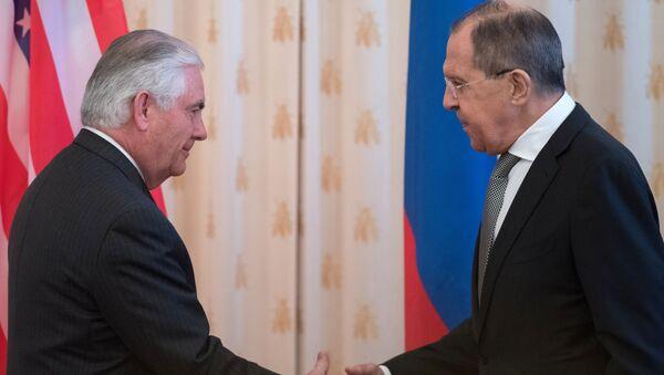 ラブロフ外相とティラーソン国務長官が7日にウィーンで会談-露外務次官 - Sputnik 日本