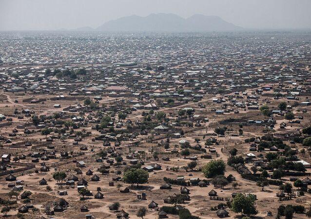 南スーダンで航空機墜落 10人死亡