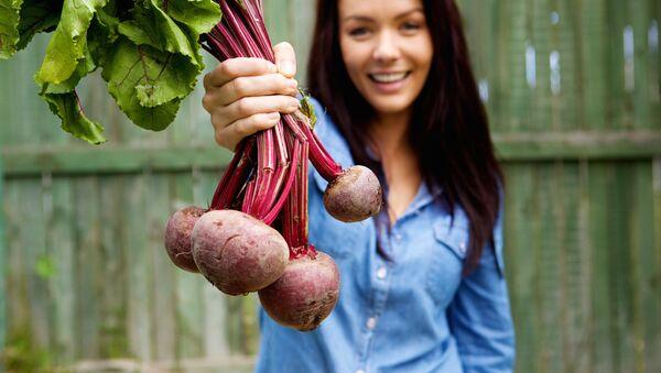 ロシアの健康野菜ビーツ、日本でブームになった理由は…カレー!【動画】 - Sputnik 日本