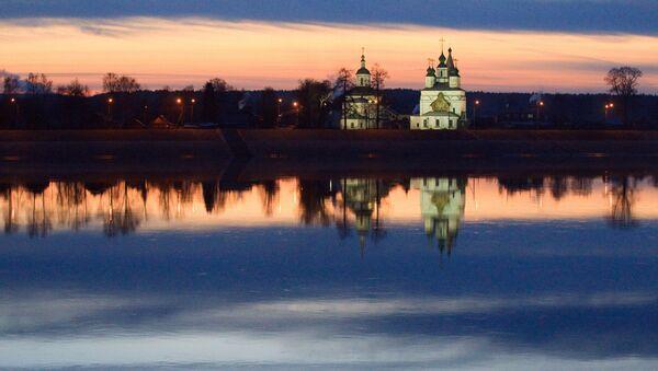 「ロシアの声」アーカイブから人気番組:これがロシア!モスクワの北西1120キロメートルヴォログダ州にあるユグ川とスホナ川の合流点に位置している町ヴェリキイ・ウスチュグ - Sputnik 日本