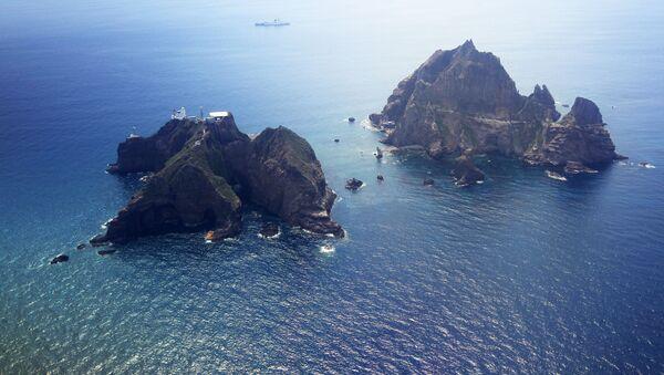竹島付近でヘリが墜落 7人が行方不明 - Sputnik 日本