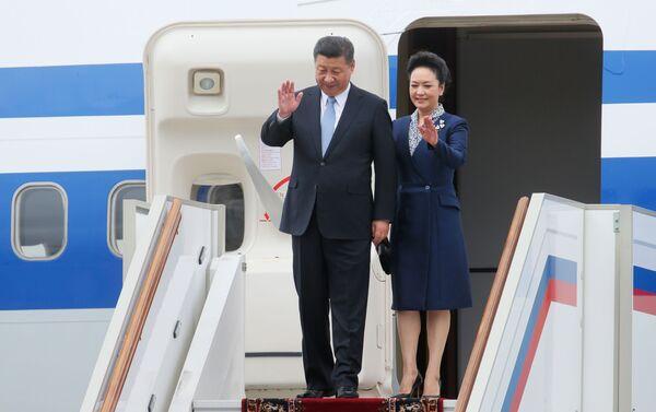 中国の習国家主席、公式訪問のためモスクワに到着 - Sputnik 日本