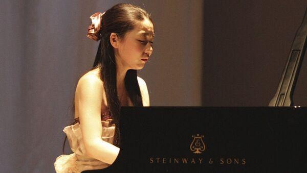 「ロシアの季節」:松田華音さんが沿海地方で行われたマリインスキー劇場のコンサートに登場 - Sputnik 日本