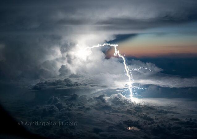 雷と稲妻の写真