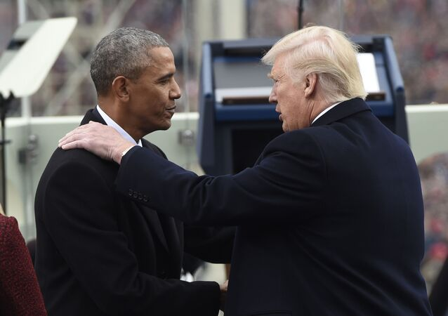 トランプ氏とオバマ氏