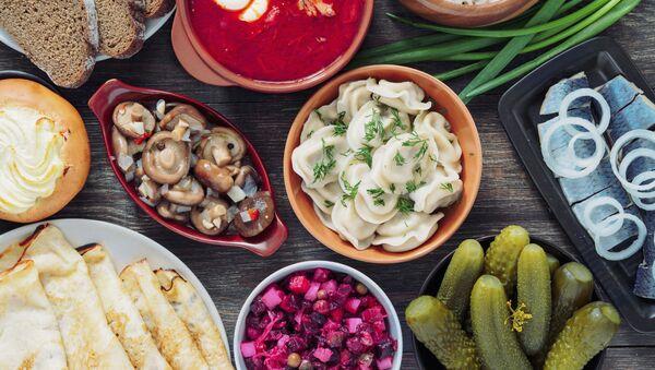 スプートニクQ&A 「日本の家庭でも簡単に作れるような美味しいロシア料理はないの?」 - Sputnik 日本