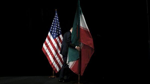 米国の旗とイランの旗(アーカイブ写真) - Sputnik 日本