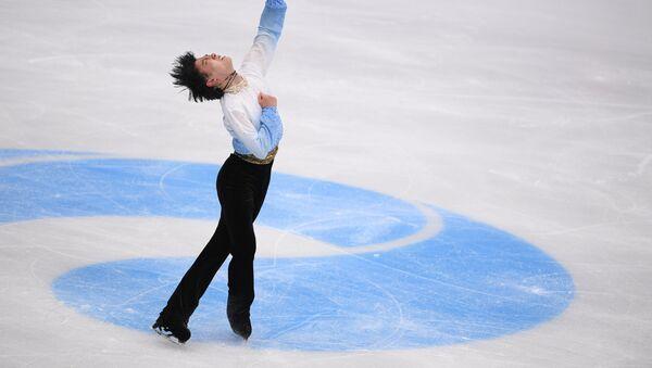 ユヅが五輪本番リンクで初すべり、復帰後、初めて公の場に - Sputnik 日本