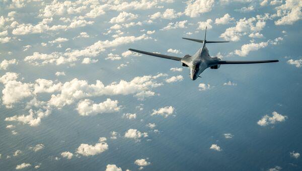 Американский бомбардировщик B-1B Lancer  - Sputnik 日本