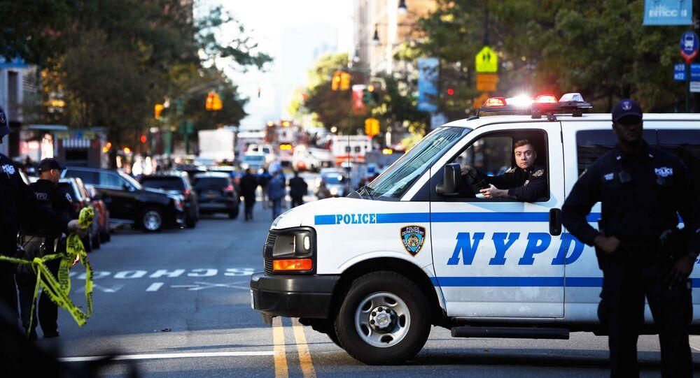 ニューヨーク、トラック突入事件 8人死亡15人超けが 【生中継・写真】
