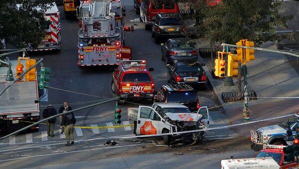 トランプ氏、「ダーイシュ」入国許さず ニューヨークの車突入事件で 【写真・動画】 - Sputnik 日本