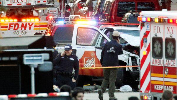 NY車突入テロ 容疑者はUberの運転手だった【写真】 - Sputnik 日本