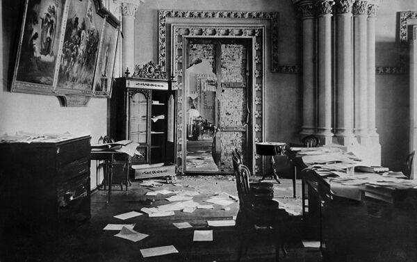 1917年11月7日ペトログラード 臨時政府庁舎だった冬宮殿を10月革命でボリシェビキが占拠した後のゴシック式広間の様子 - Sputnik 日本