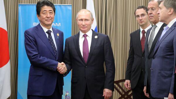 安倍首相、露日平和条約締結に向けた仕事を進めたいと発言 - Sputnik 日本