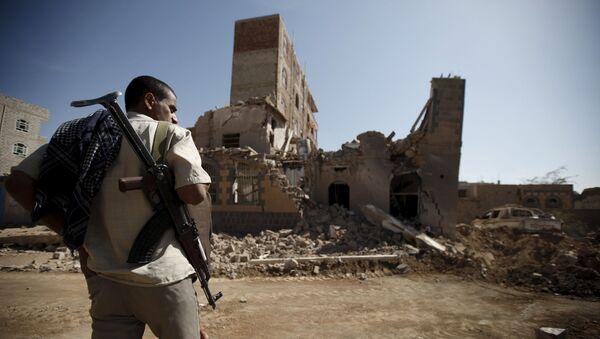 イエメン、サウジアラビアによる空爆の後  - Sputnik 日本