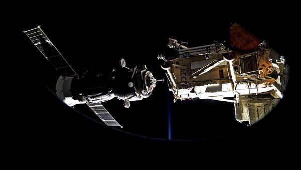 宇宙船ドッキング - Sputnik 日本