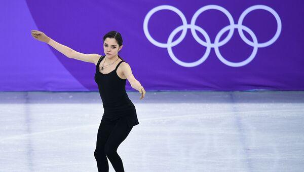 Российская спортсменка Евгения Медведева на тренировке перед началом соревнований по фигурному катанию среди женщин на XXIII зимних Олимпийских играх - Sputnik 日本