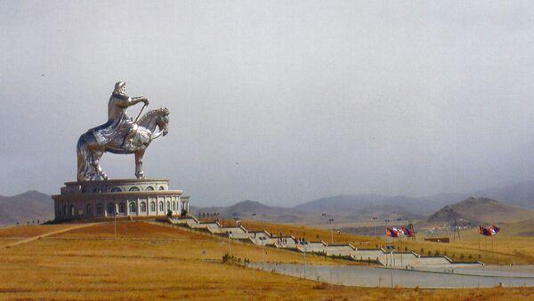 モンゴル、チンギスハーン像 - Sputnik 日本