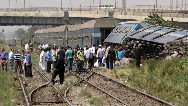 エジプト 鉄道脱線事故 100人超がケガ - Sputnik 日本