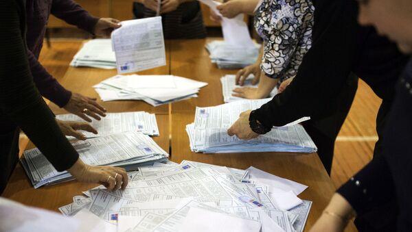 ロシア大統領選、開票率99.84%の結果発表 - Sputnik 日本