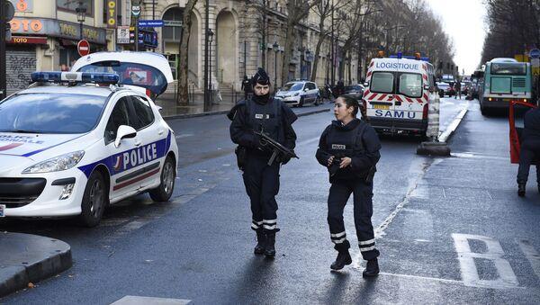 パリ市内で銃撃 2人が負傷 場所は病院脇 - Sputnik 日本