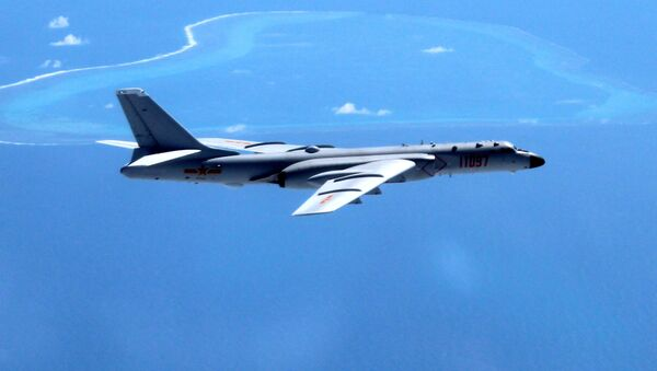 Китайский бомбардировщик H-6K над Южно-Китайским море - Sputnik 日本