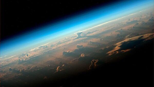 小惑星、地球付近を通過 - Sputnik 日本