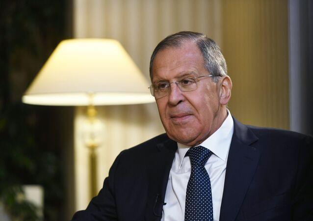 ラブロフ外相 シリア化学攻撃「演出」の陰に英国 ロシアは証拠を握っている