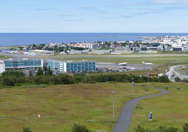アイスランド、空港