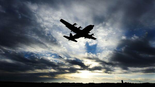 С-130 Hercules - Sputnik 日本