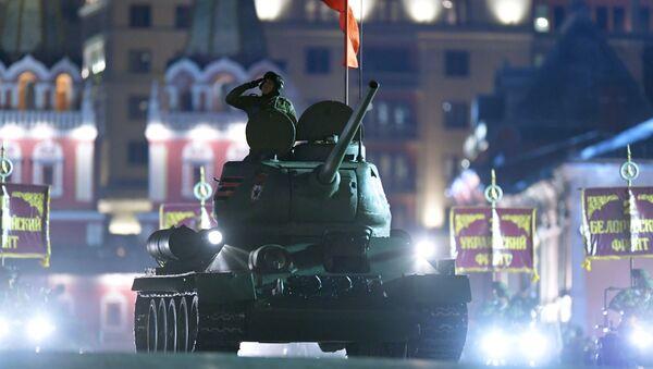 ラオス、ソ連製戦車30台をロシアに返還 - Sputnik 日本