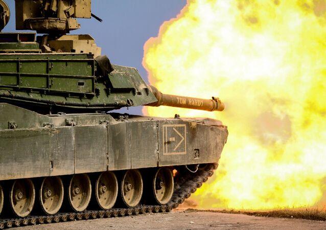戦車M1 エイブラムス