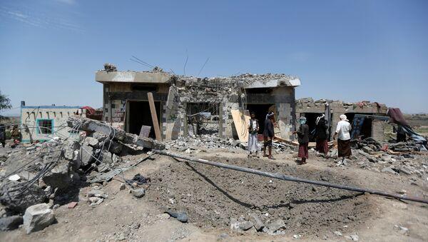 Bombardeo en Yemen - Sputnik 日本