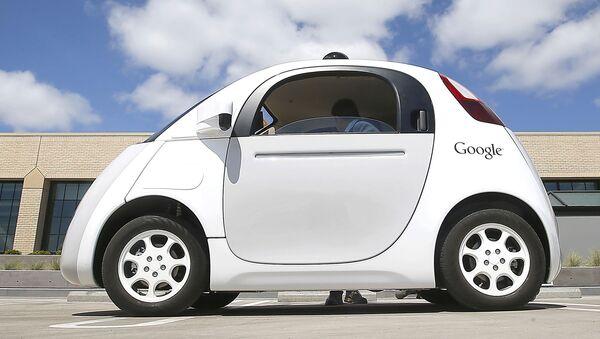 Беспилотный автомобиль Google в Маунтин-Вью, штат Калифорния - Sputnik 日本