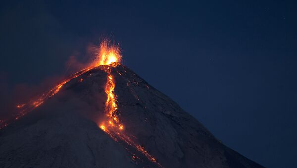 フエゴ火山 - Sputnik 日本