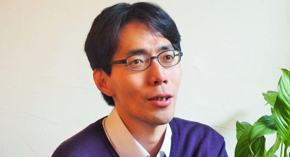 浅羽祐樹教授