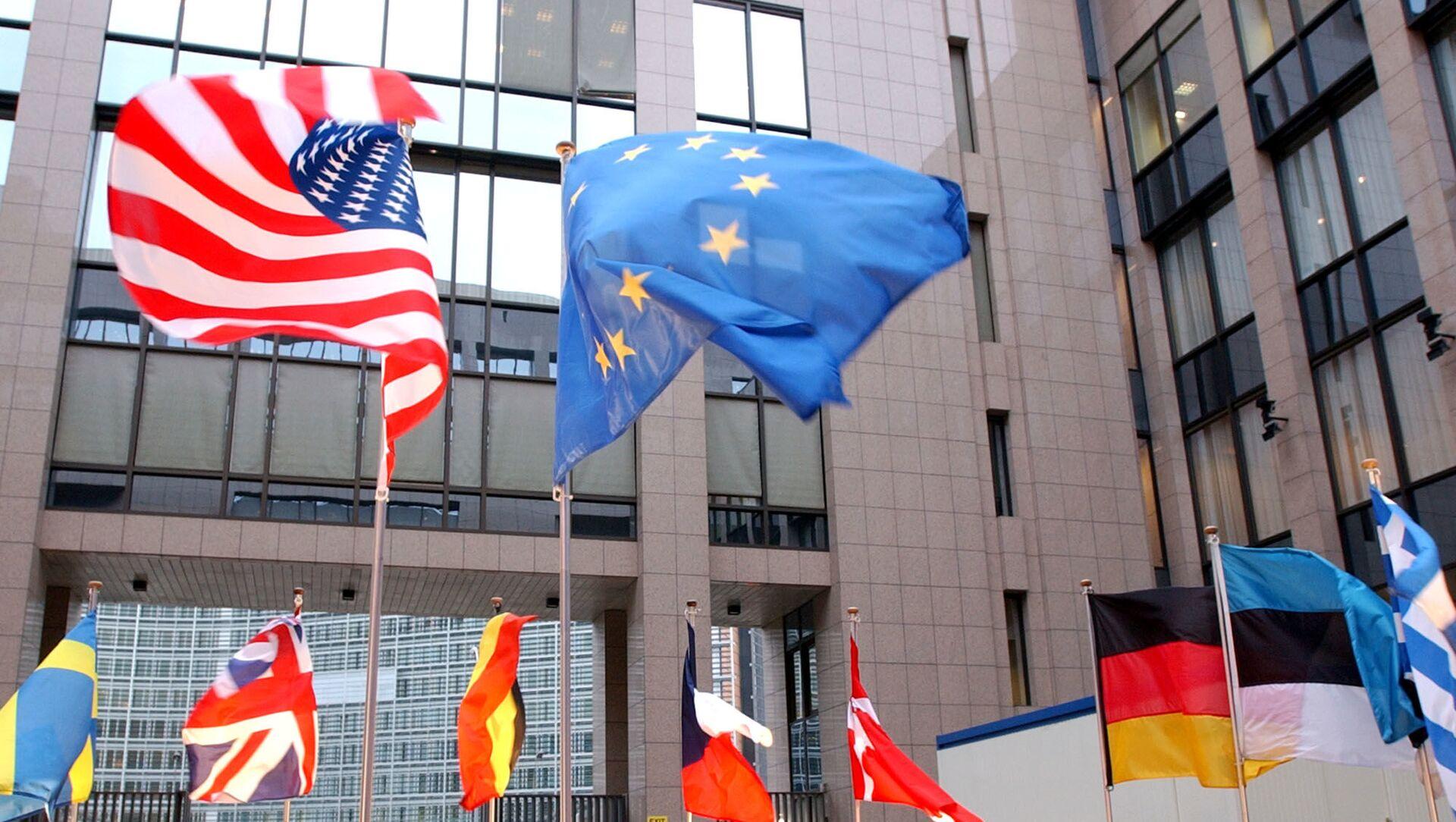 米国と欧州連合の旗 - Sputnik 日本, 1920, 23.09.2021