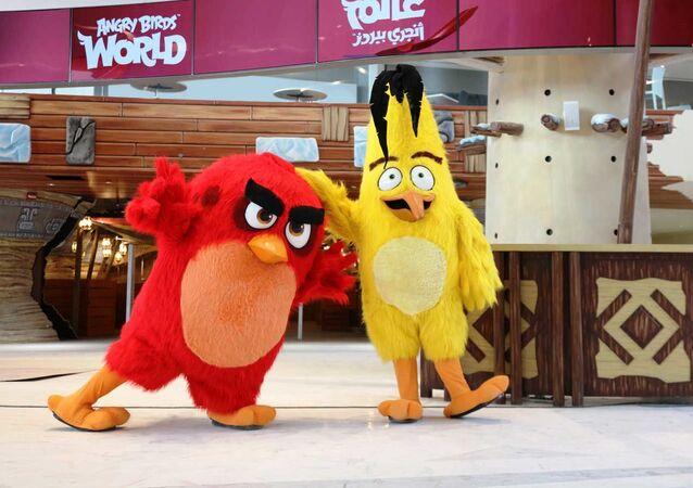 カタールに世界初の「Angry Birds」のテーマパークがオープン