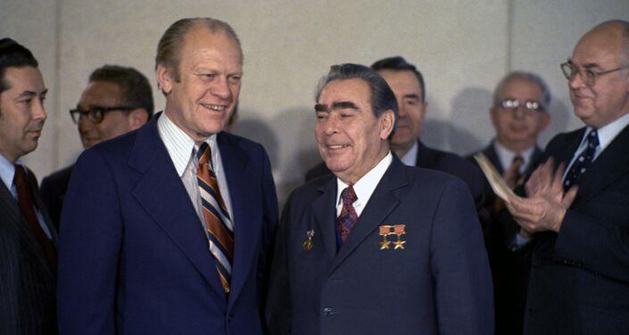 フォード米大統領とソ連のブレジネフ第一書記の会談