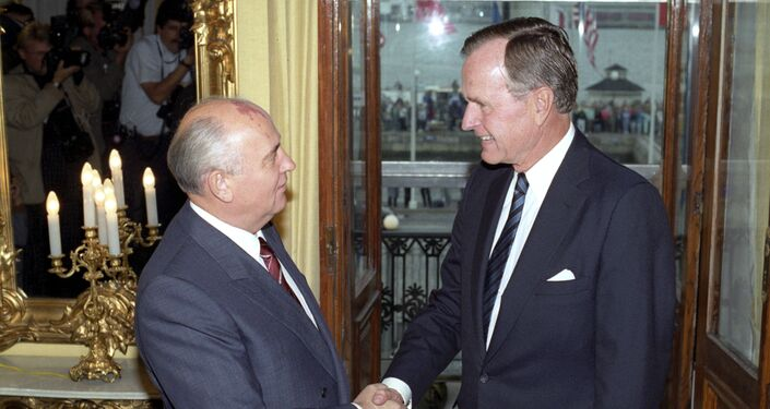ブッシュ大統領とゴルバチョフ書記長の会談