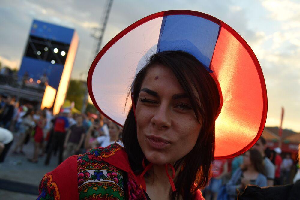 試合前のロシア代表のファン