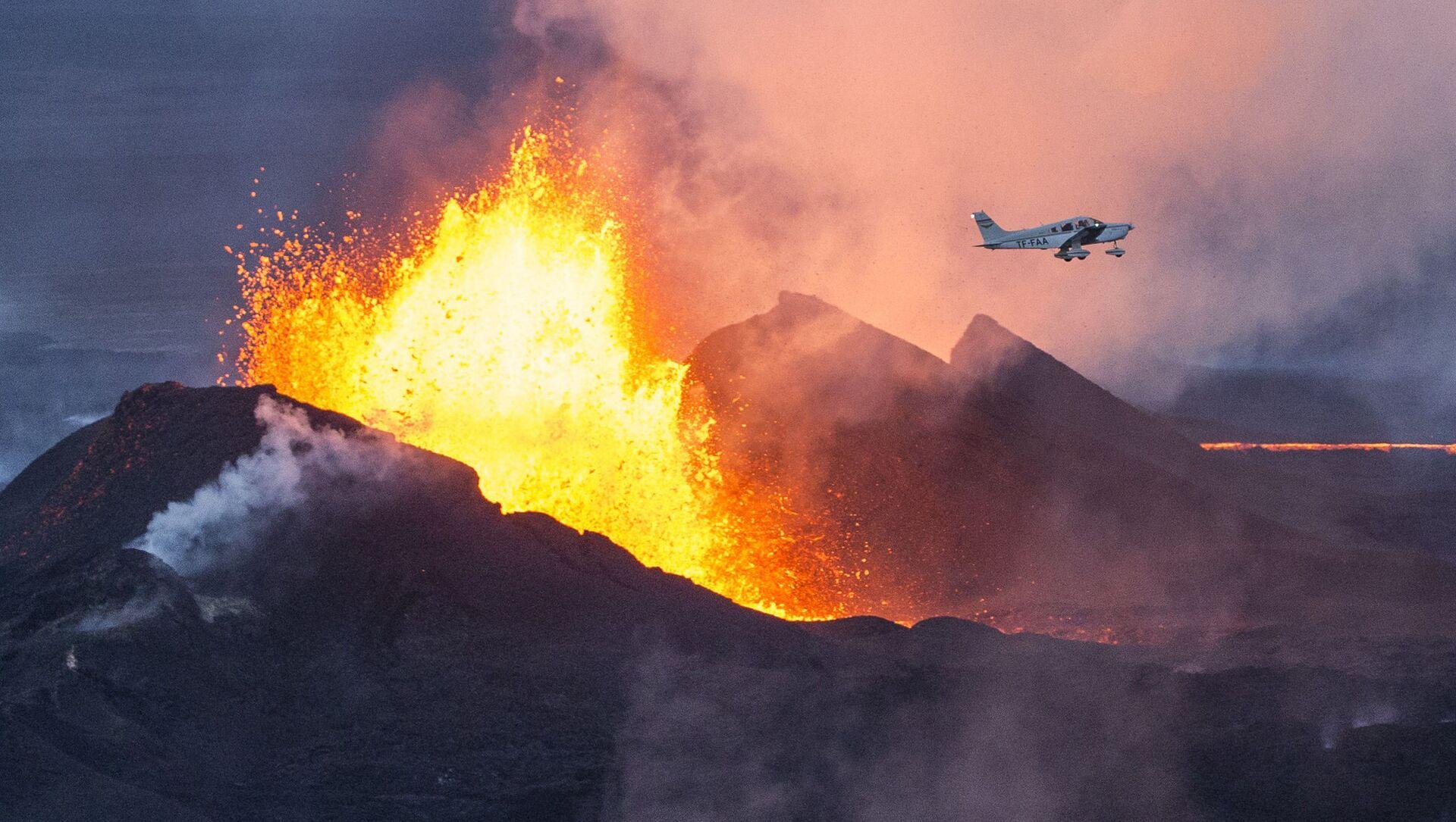 アイスランド ファグラダルスフィヤル火山 6千年の眠りから目覚める - Sputnik 日本, 1920, 21.03.2021