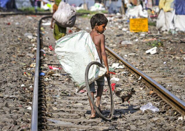 インド 貧困