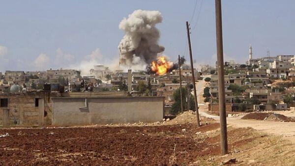 シリアのイドリブで、シリア軍を非難するための化学兵器攻撃の芝居が9つ撮影される - Sputnik 日本
