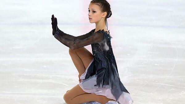 22日、フィギュアスケート・ロシア選手権が閉幕した。優勝はアンナ・シェルバコワ(14)。 - Sputnik 日本