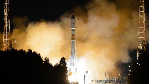 露国防省、新たな独自衛星の打上げに成功 - Sputnik 日本