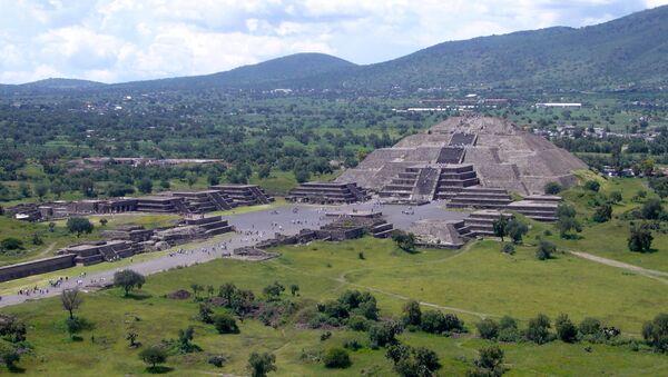 メキシコで研究者らが古代人の埋葬跡とマンモスの遺骸が発見 - Sputnik 日本