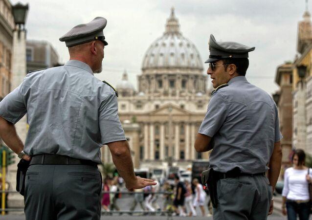 バチカンで警察官(アーカイブ写真)