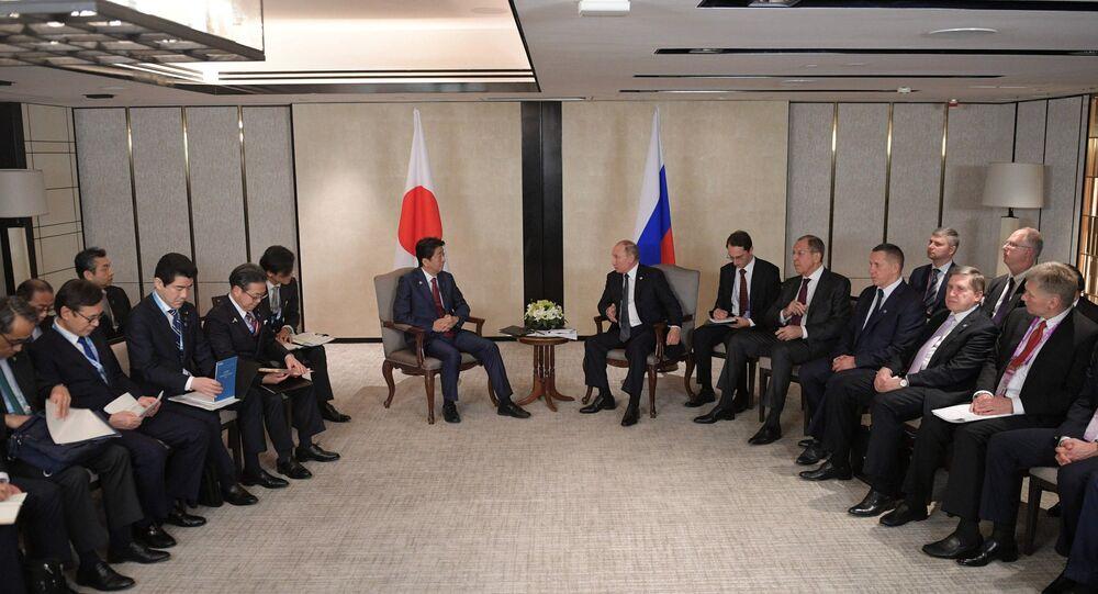 ロシアのプーチン大統領と日本の安倍首相