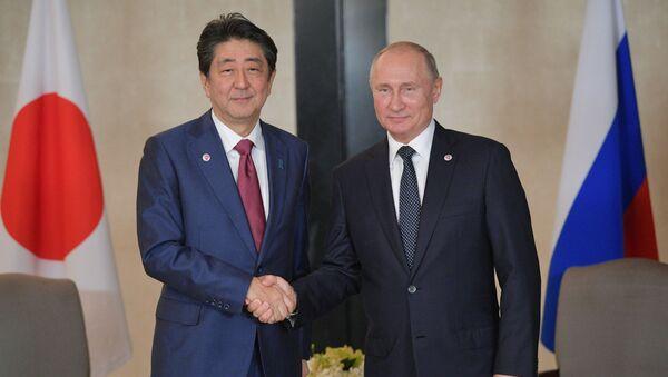 安倍総理大臣とプーチン大統領(アーカイブ写真) - Sputnik 日本